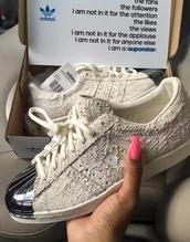 shoes,adidas,adidas superstars,superstar,metallic shell toe,metallic,shell toe,textured,snake skin,adidas snake skin,adidas shell toe