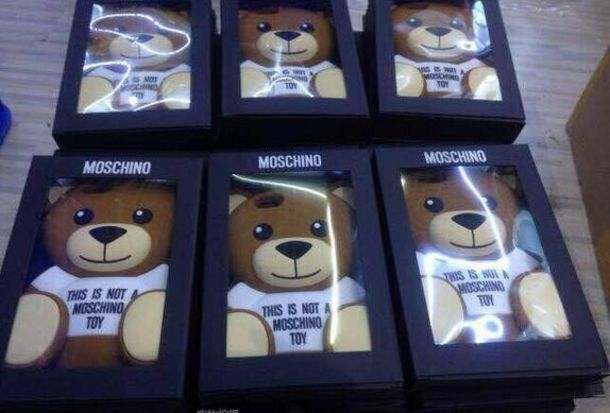 cover moschino iphone 6