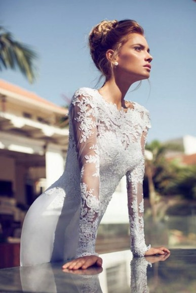 dress floral white dress long sleeve dress silk white fashion mesh bodycon classy long dress beauty insanity gown special occasion godess a must someone help please find perfection wedding dress long sleeve
