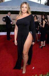 dress,curvy,plus size,iskra lawrence,model off-duty,slit dress,sandals,black dress,asymmetrical,asymmetrical dress,one shoulder,red carpet dress,sag awards