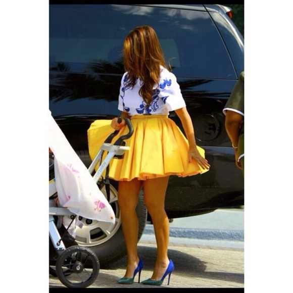 yellow yellow skirt skirt fashion glamour love, shirt, angle, b.e.a.u.t.i.f.u.l! skater skirt