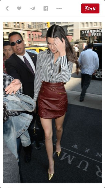Skirt: short maroon leather skirt - Wheretoget
