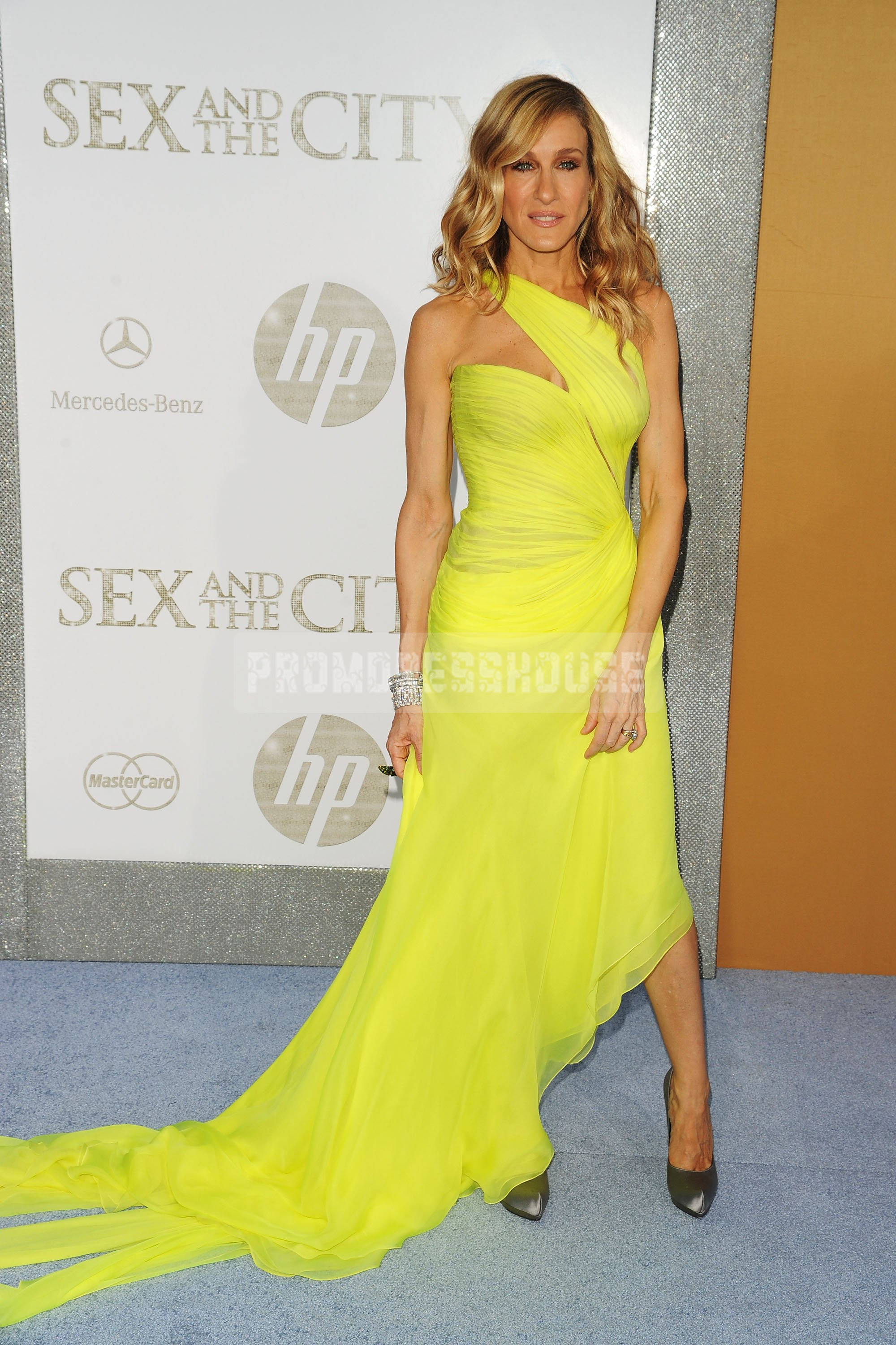 One Shoulder Fashion A-line Ruching Yellow Celebrity Dress - Promdresshouse.com