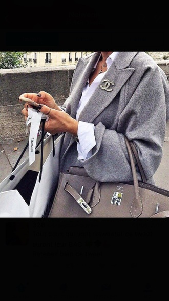 bag chanel clothes tumblr clothes outfit cute winter outfits grey grey bag