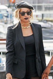 jacket,blazer,all black everything,sunglasses,beyonce,top,hat,beret,All black  outfit