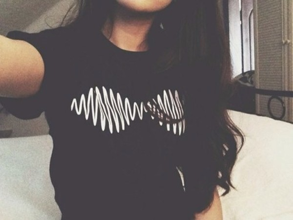 shirt black white am band band album arctic monkeys t-shirt t-shirt band t-shirt album cover band t-shirt band t-shirt music band merch