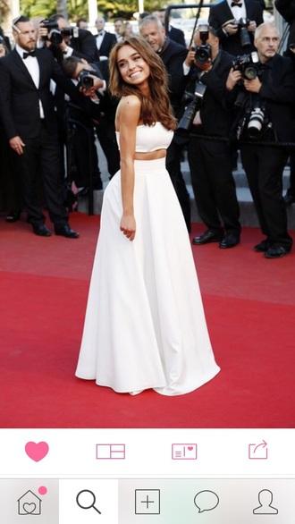dress red carpet white