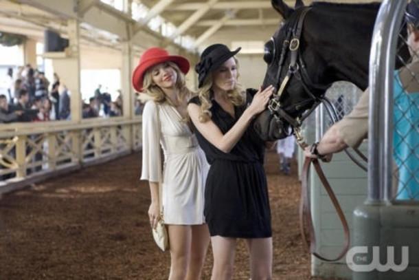 hat sara foster beverly hills 90210 dress