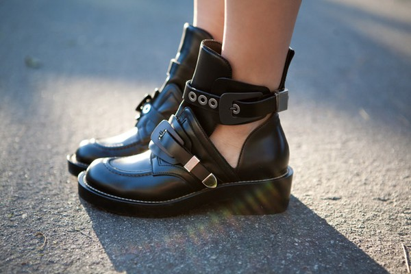 shoes boots style grunge boots ankle boots ankle boots black cutout buckles cut out ankle boots cut out booties black boots black boots leather boots cut out little black boots