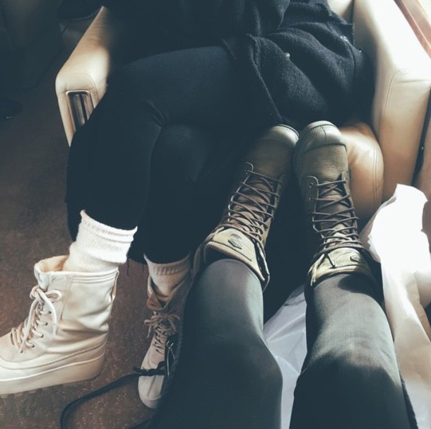 shoes white green kendal&kylie boots palladium kylie jenner olive green keeping up with the kardashians white rubber