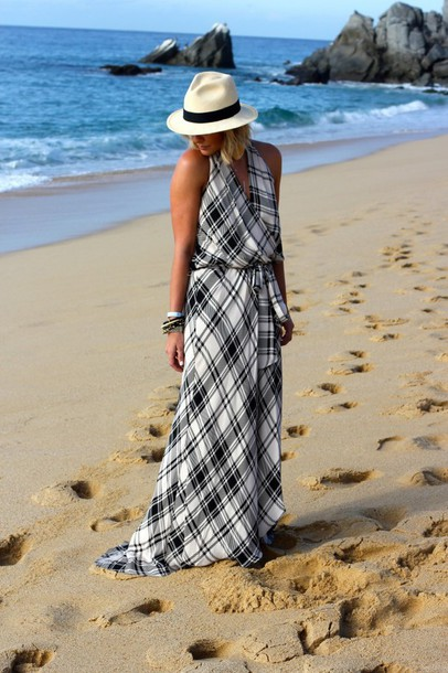 the courtney kerr blogger hat maxi dress tartan beach dress jewels