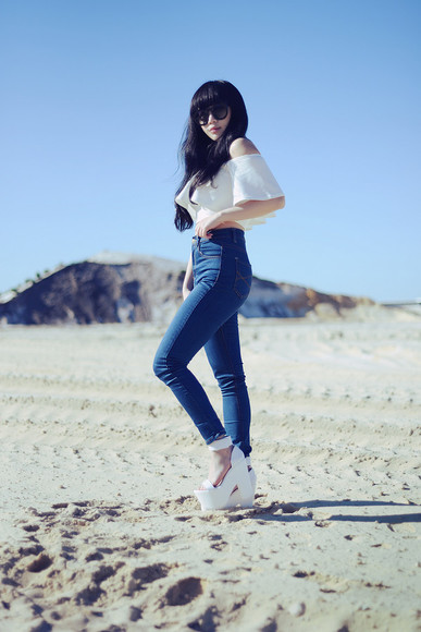 cat eye shoes sunglasses high heels summer outfits summer shoes hipster classy top jeans denim pale division platform shoes platform high heels crop tops high waisted jeans clubwear beach