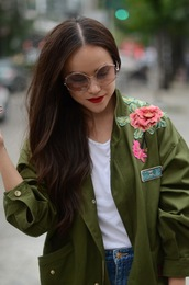 jacket,tumblr,army green jacket,embroidered,embroidered jacket,t-shirt,white t-shirt,sunglasses,clear sunnies,round sunglasses,clear lens sunglasses