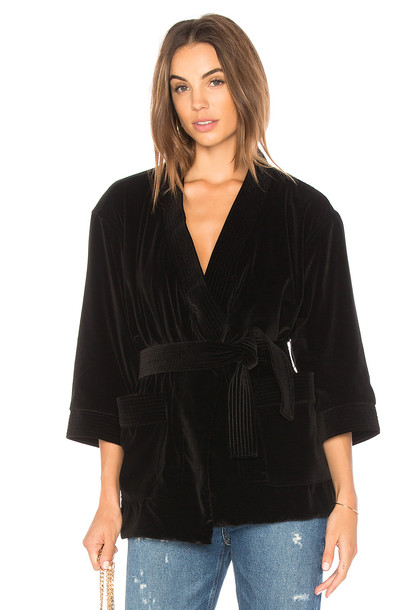Mother kimono velvet black top