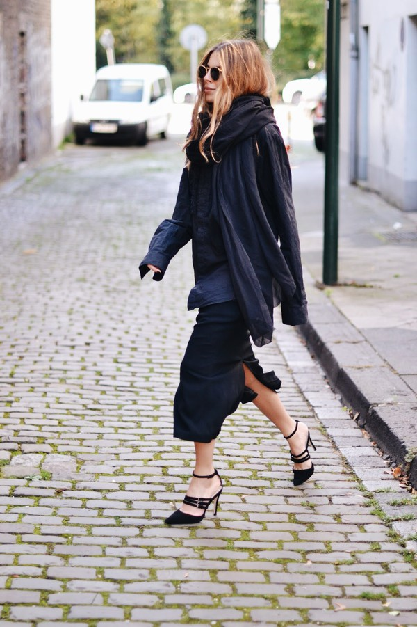 maja wyh blogger blouse scarf