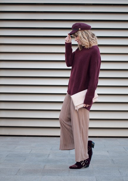 macarenagea blogger pants sweater shoes burgundy sweater fisherman cap clutch fall outfits winter outfits tumblr nude pants wide-leg pants knit knitwear burgundy hat boots ankle boots