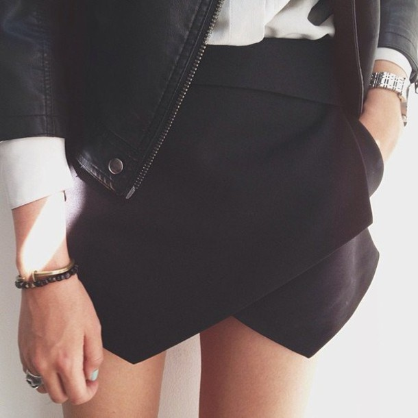 Skirt: skorts, wrap, black skirt, alli simpson, folded ... - photo#34