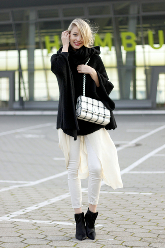 blogger bag ohh couture scarf checkered cropped pants white jeans