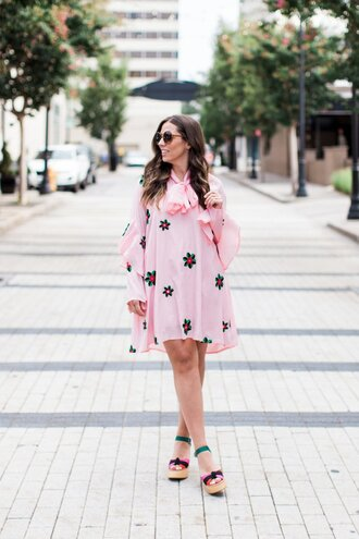 bohostylefile blogger dress shoes sunglasses wedges mini dress pink dress long sleeve dress fall outfits