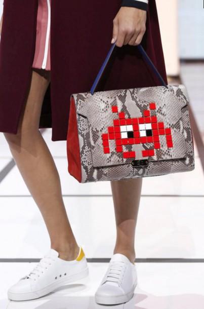 bag anya hindmarch london fashion week 2016 python animal print red bag