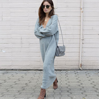 dress fall dress blue dress light blue v neck dress v neck shouler bag chain bag python shoes brown boots long dress sweater dress snake shoes fall outfits