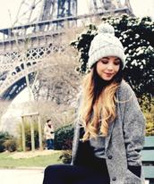 hat,winter knit hat,beanie,pom pom beanie