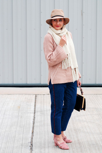 not dressed as lamb - over 40 fashion blog blogger bag shoes hat sweater jeans jewels scarf make-up nail polish shorts sunglasses nude sweater felt hat mid heel pumps loafers pink shoes black bag