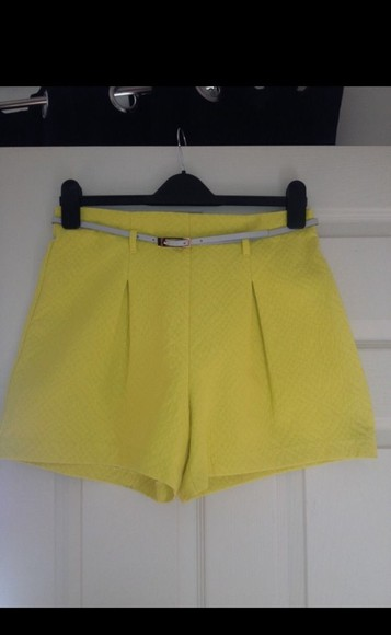 High waisted shorts yellow