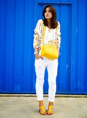 shoes,colorful blazer,white shirt,white pants,yellow bag,yellow sandals,blogger