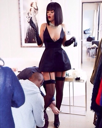 dress underwear rihanna jewels shoes little black dress black dating spaghetti strap skater plunge v neck v neck dress satin dior skirt socks cute dress similar version gloves stockings diamonds short hair singer