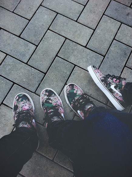 pink sunglasses floral shoes nike
