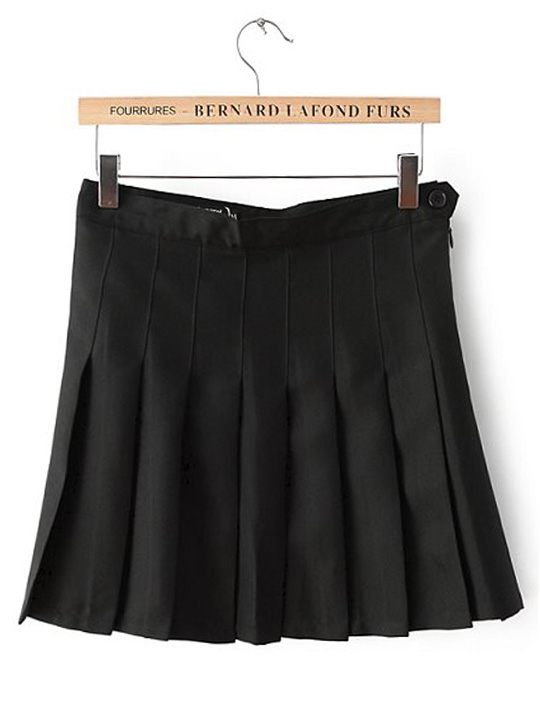 Solid color high waisted pleated skirt with left button & zip black