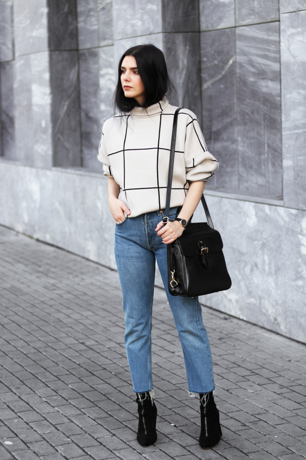 holy nights blogger sweater jeans bag socks shoes jewels white sweater shoulder bag ankle boots sock boots