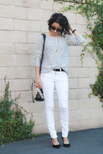 alterations needed blogger sweater jeans shoes bag belt jewels