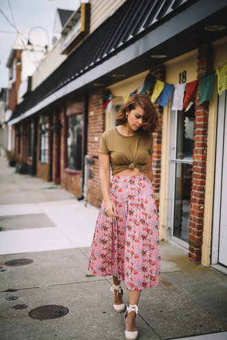 fashionbananas blogger skirt shoes floral floral skirt crop tops green maxi skirt pink skirt lace up wedges