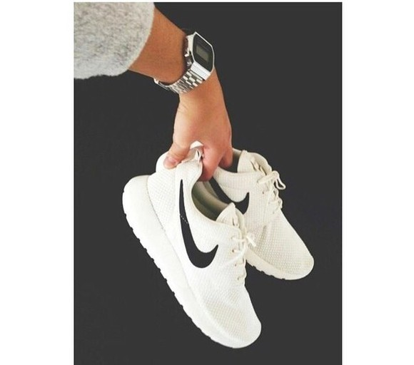 shoes nike nike white white black sportswear streetwear streetstyle blackandwhite summer shoes autum street love more perfect style fitness pajamas