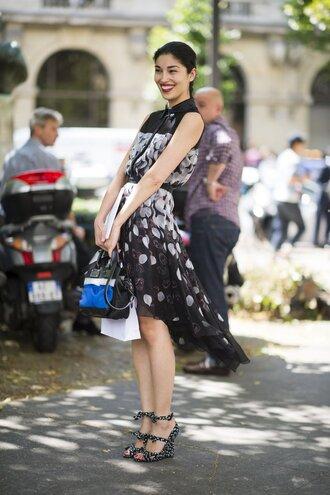 dress office outfits floral dress midi dress black dress wedges floral wedges bag blue bag fashionista