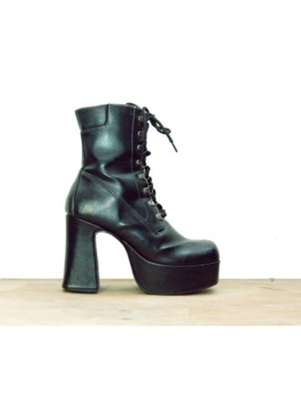 shoes high heels black  high heels grunge black combat boots leather black leather boots black lace up boots platform boots black leather lace up boots gothic goth punk hipster punk hipster
