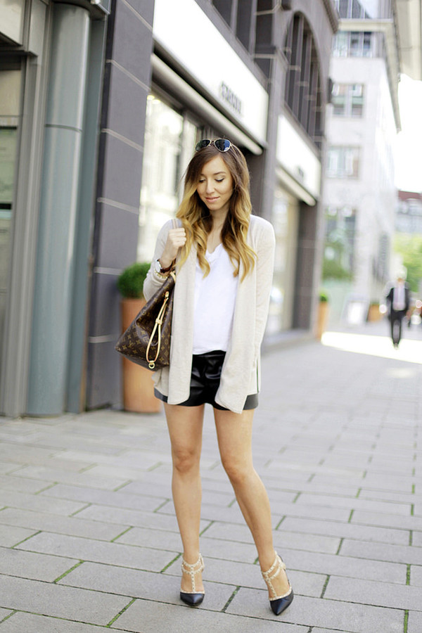 flirting with fashion blogger cardigan shoes bag jewels