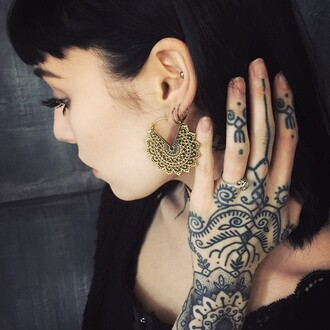 earrings gold jewelry indie hannah pixie snowdon henna
