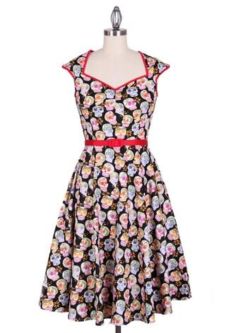 print dress 50s style printed dress pin up housewife dress evening dress party dress streetstyle vintage dress audrey hepburn streetwear dress