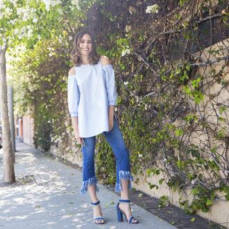 louise roe blogger jeans shoes jewels off the shoulder denim top fringes frayed denim long sleeves thick heel blue heels summer outfits