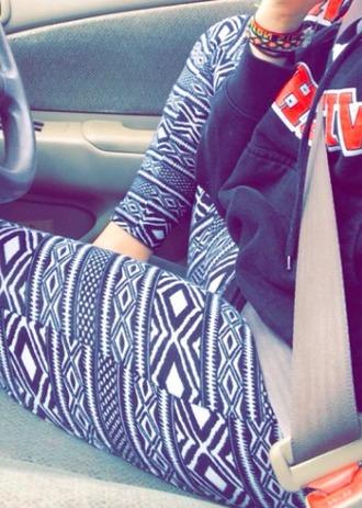 leggings black and white diamonds pattern black and white leggings