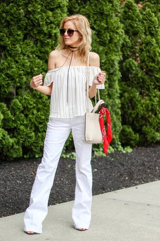 kim tuttle the knotted chain - a style blog by kim tuttle blogger jeans top scarf bag sunglasses shoes pants