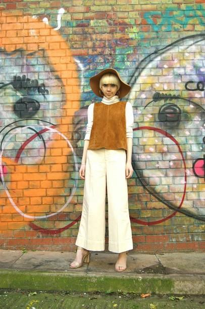 stella's wardrobe blogger hat top pants shoes
