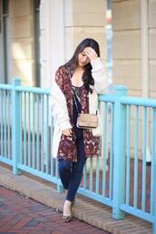 cardigan,sensible stylista,shirt,blogger,tank top,shoes,bag,jeans
