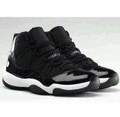 shoes,black and white,black,white,kicks,hella,jordan's,jordans,blacks shoes,black shoes,bred 11s,nike sneakers