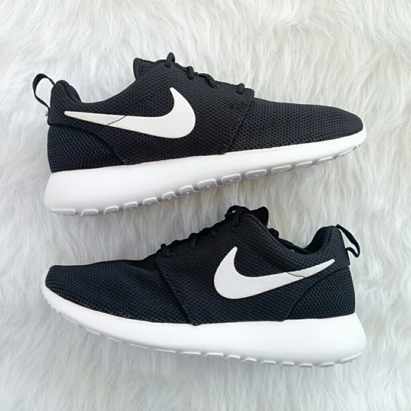 34% off Nike Shoes - Women s NIKE Roshe Run from Iggy s closet on ... 184704181f