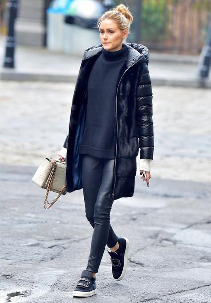 coat down jacket tumblr black coat hooded coat sweater black sweater turtleneck. Black Bedroom Furniture Sets. Home Design Ideas