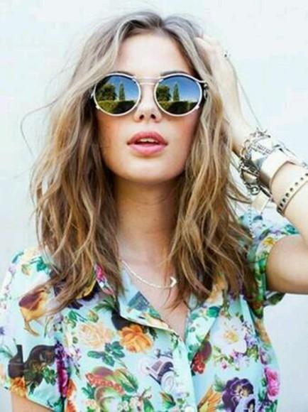 sunglasses floral blouse vintage flowery print